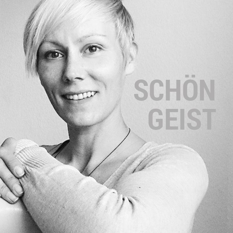 Jennifer - DER SCHÖNGEIST - Designerin der Werbeagentur SchwarzWestphal